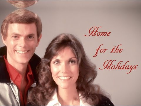"""(There's No Place Like) Home For The Holidays"" (Lyrics) ❄️ THE CARPENTERS💖 Karen ♫ Richard"