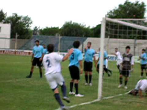 Gol de Newbery ante Argentino de Lincoln