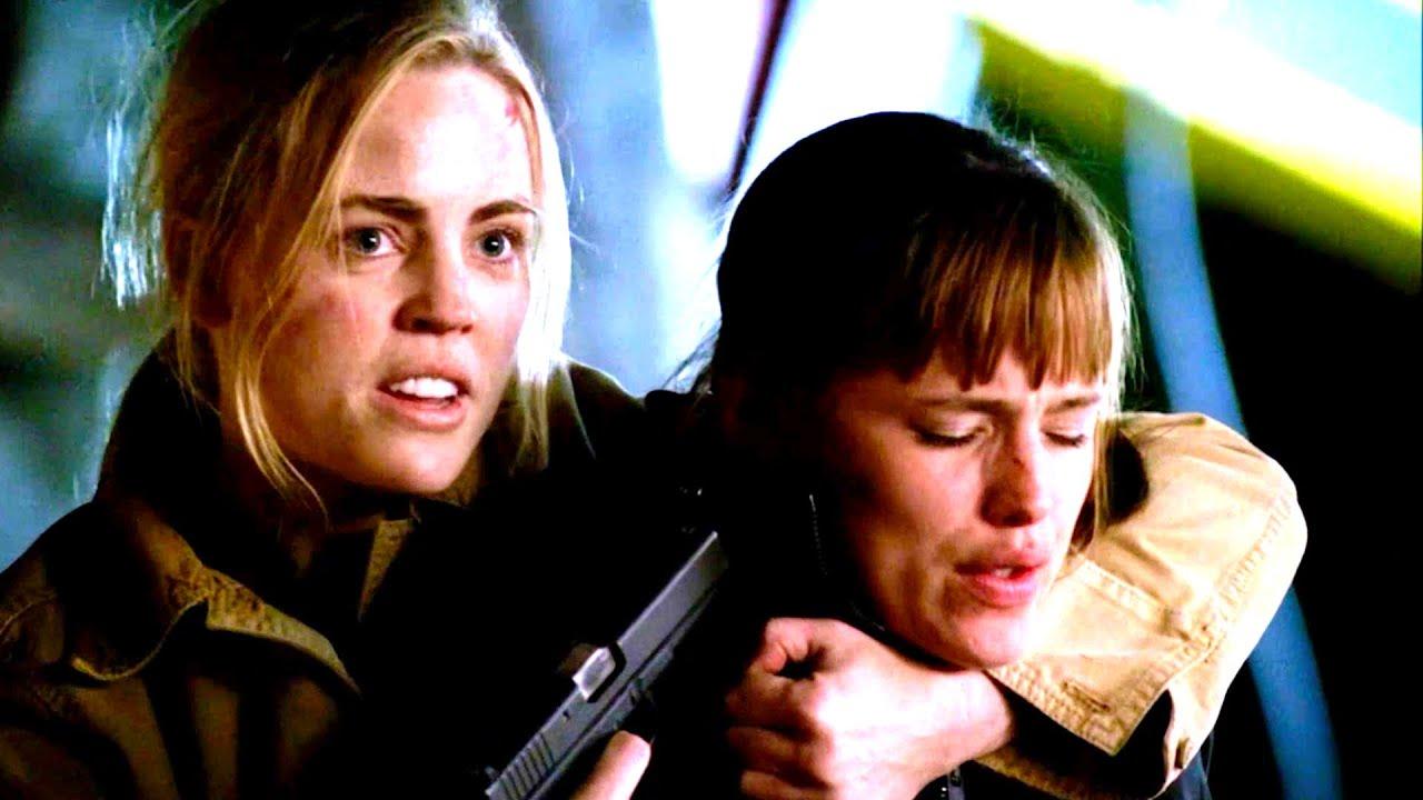 "Download Sydney Bristow vs. Lauren Reed [Alias - S3E22 - ""Resurrection""]"