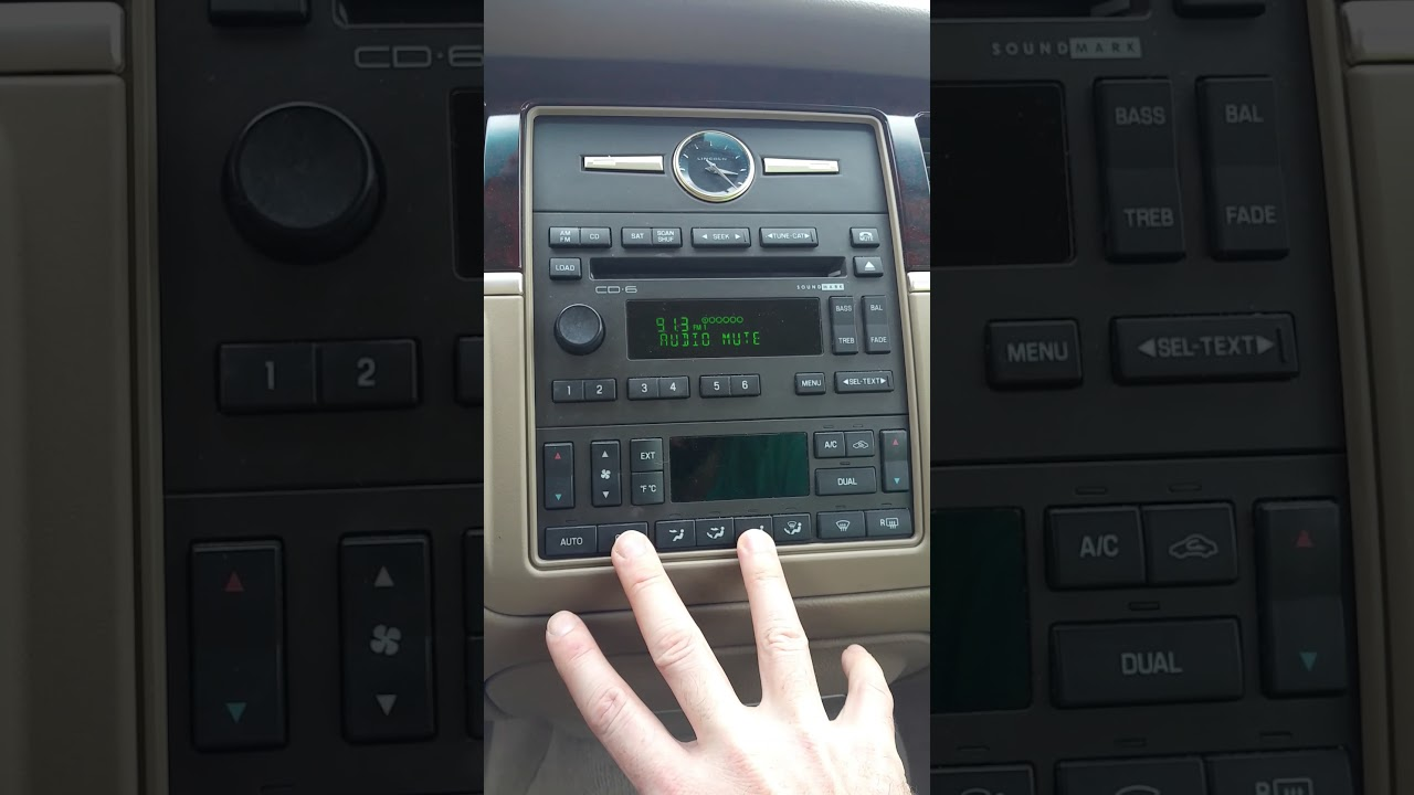 2003-2011 Lincoln Town Car climate control self test