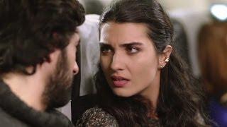 Kara Para Aşk 3.Bölüm İlk Sahne - Elif, Ömerle uçakta burun buruna