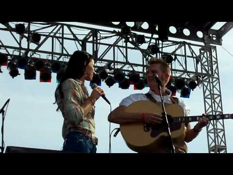 Joey + Rory Free Bird