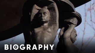 Duke Ellington - Statue in Harlem | Biography