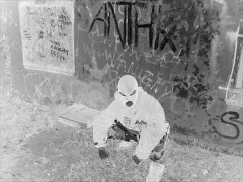A.J.K.S. - Przychodzą Nocą