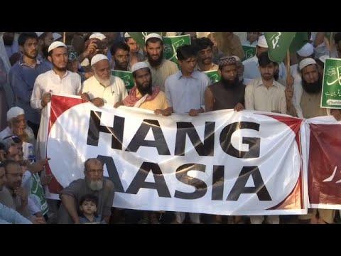 باكستان: مظاهرات تطالب بشنق سيدة مسيحية برأها القضاء بعد اتهامها بسب النبي محمد…  - 19:54-2018 / 11 / 4