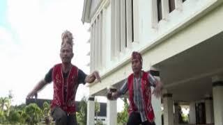Download lagu HARI-HARI MENGUMPAN BABI (ORIGINAL)
