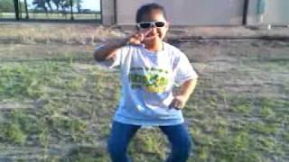 Silly Deseri dance