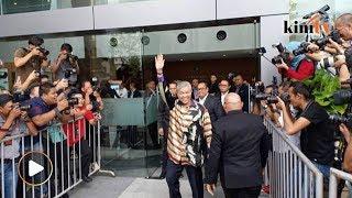 Zahid tiba di SPRM lagi, spekulasi bertiup kencang bakal ditahan
