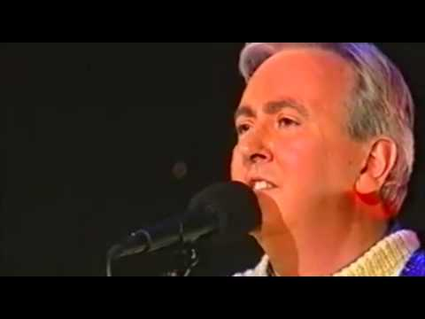 Robbie O'Connell & Finbar Clancy - Kilkelly Ireland Song (1995)