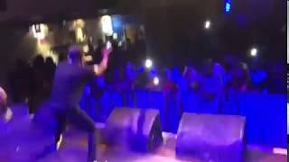 Download Video Small Doctor Live Performance in London, Iyanu Mashele Soonest.. MP3 3GP MP4
