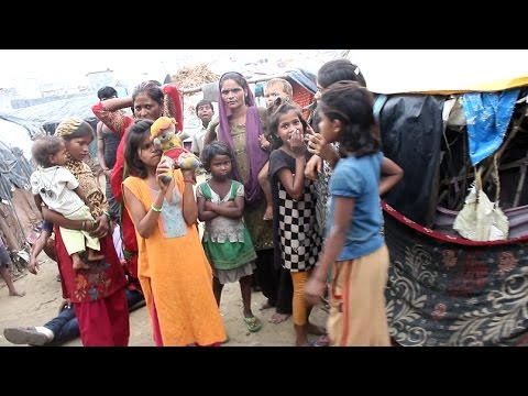 slum india part 3 - traveled to the lucknow slums to get a realistic image of life in country