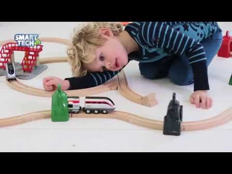 BRIO World - Smart Tech Engine with Action Tunnels Set