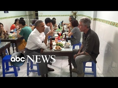 Obama Enjoys Noodles With Anthony Bourdain During Historic Trip to Vietnam