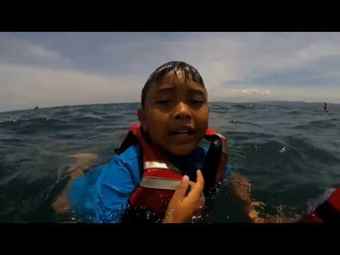 bananaboat at bangsring underwater