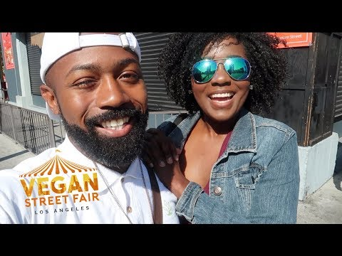 Trying Vegan Food at the Vegan Street Fair