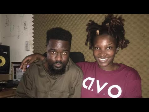 Sarkodie performs his recorded song with Ebony And It's Fire.