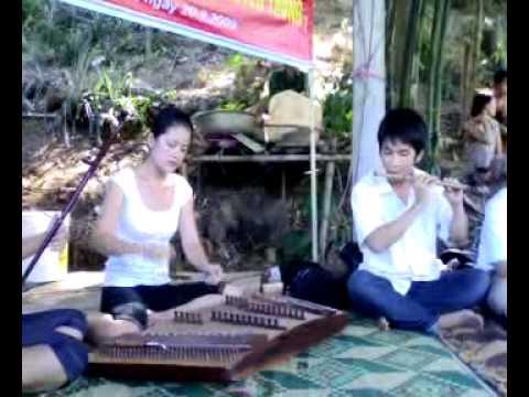 tiếng hát giữa rừng Pác bó_ mao meo