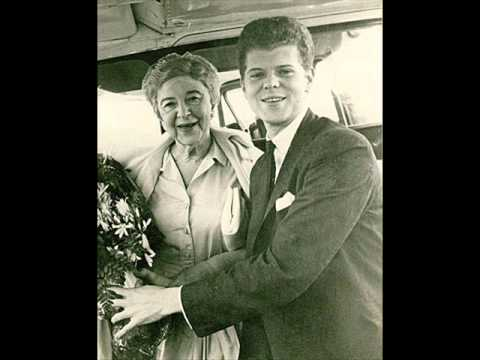 Van Cliburn & Rosina Lhévinne interviewed by James Fassett, 11/14/54