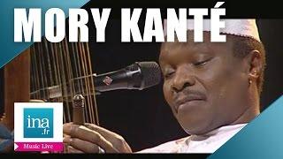 "Mory Kanté ""On diarama foulbe"" (live officiel) | Archive INA"