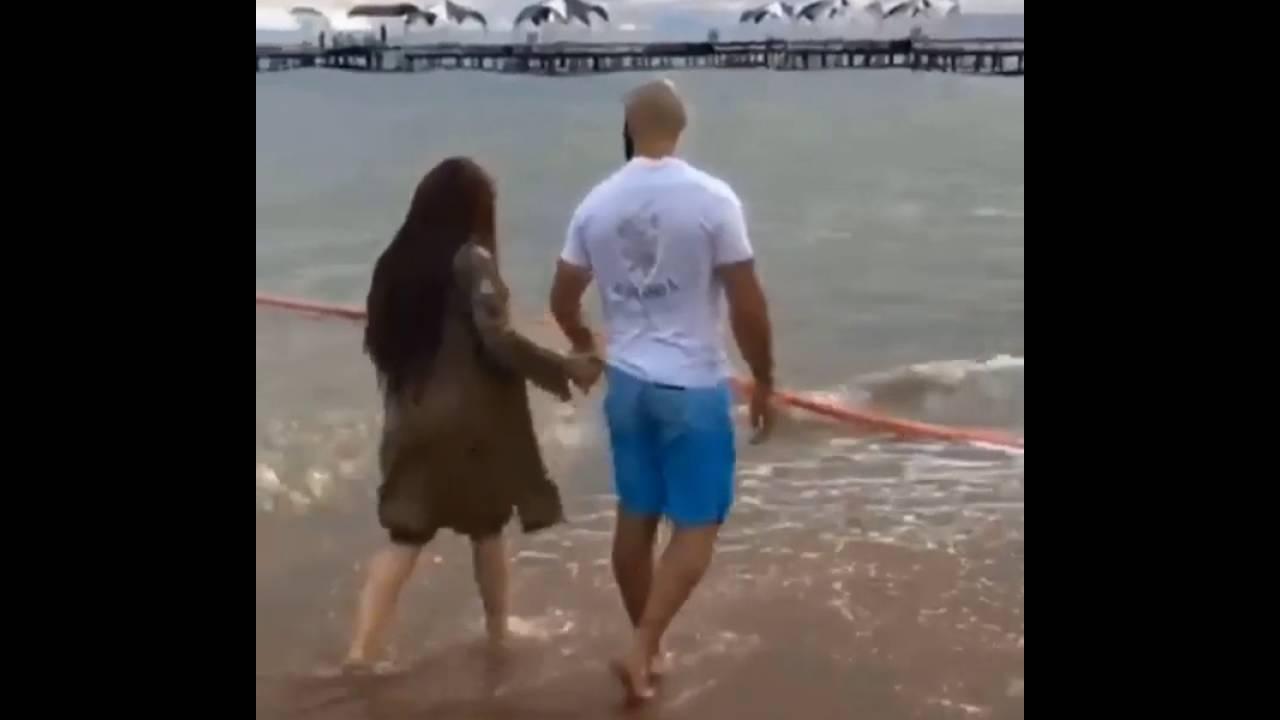 на море фото жены