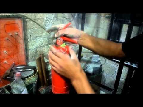 como recargar un extintor
