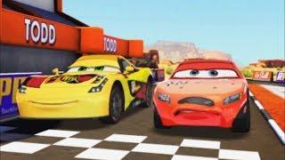 Arabalar Şimşek Hızı Tüm Arabalar İle Özel Pistlerde Yarışlara Giriyoruz