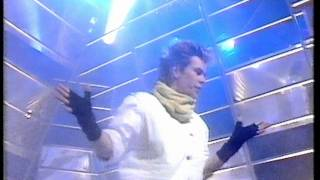 Nik Kershaw - Wouldn't It Be Good. Top Of The Pops 1984