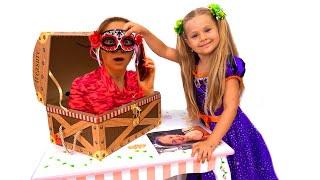 Diana se Prepara para una Fiesta de Halloween