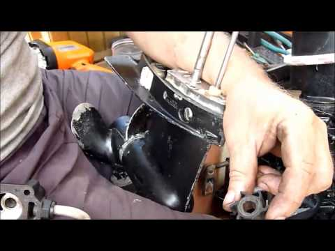 How to change the impeller on a long shaft Mercury outboard