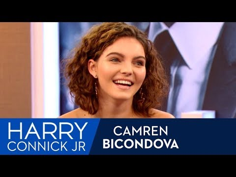 Camren Bicondova's First On Camera Kiss On Set