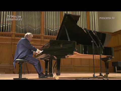 Schumann - Kreisleriana, Op. 16   Mikhail Voskresensky (piano)