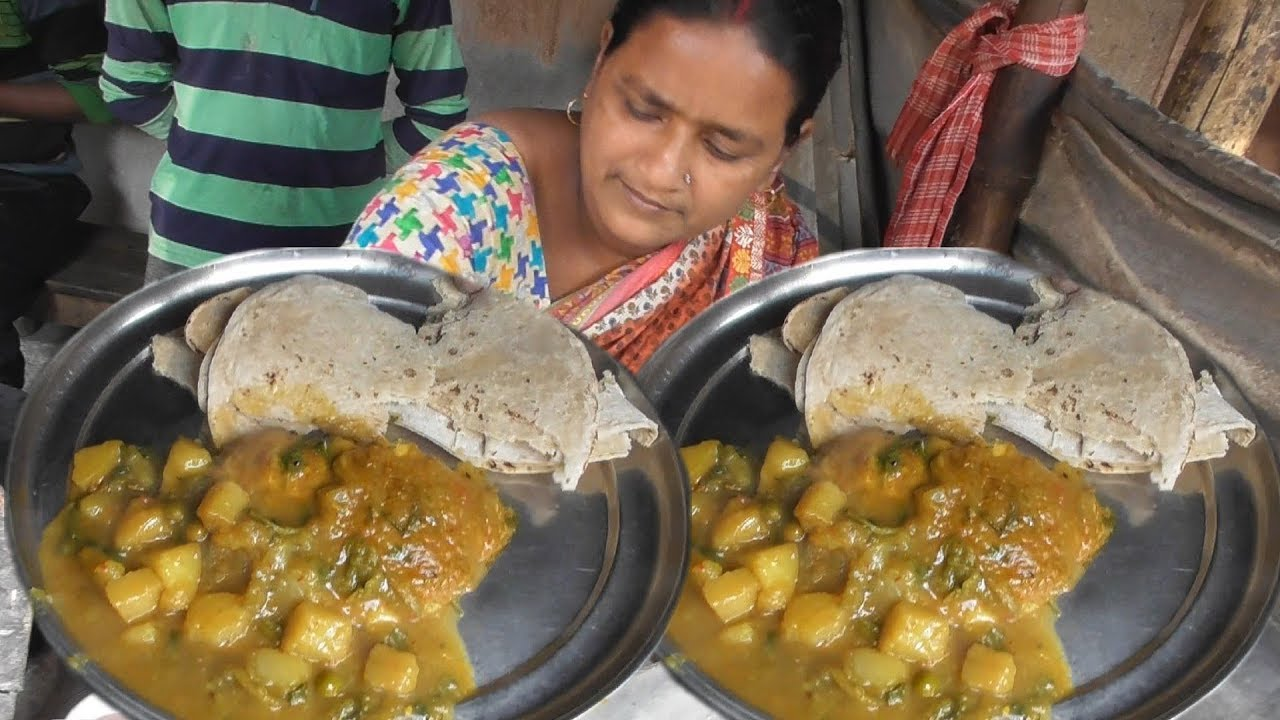 Superhit Dynamic Bhabi - Roti with Curry @ 5 rs Only - Best Indian Street Food