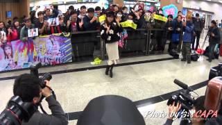 板野友美抵達松山機場by CAPA 20150130 從今起我會用影片紀錄我CAPA的實...