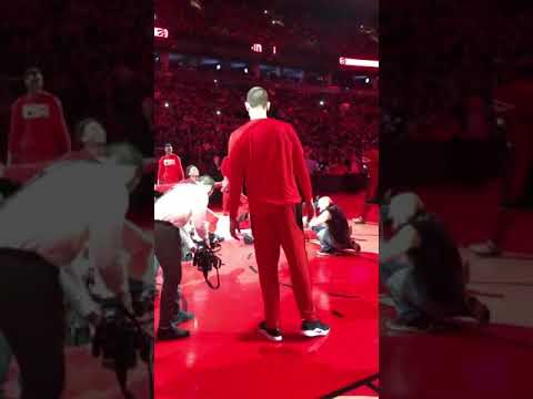 Marc Gasol gets left out of Raptors pregame rituals. Raptors vs Nets.