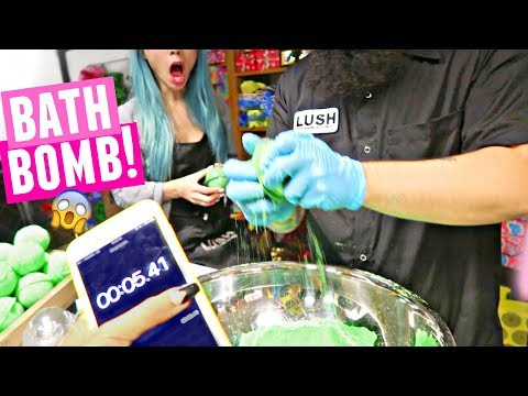 10 SECOND LUSH BATH BOMB!! How LUSH makes their Halloween 2017 products?