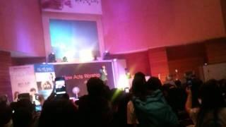 K.Will 케이윌 in church.