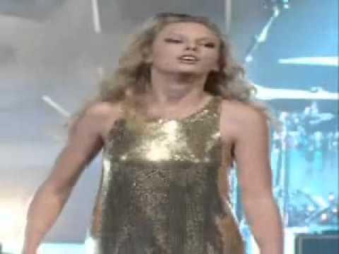 Taylor Swift Boobs Bounce Hot as Fuck