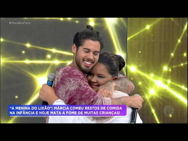 """Após número de """"mágica"""", Márcia conhece o ídolo Zé Felipe"""