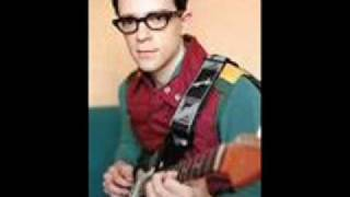 Watch Weezer American Girls video