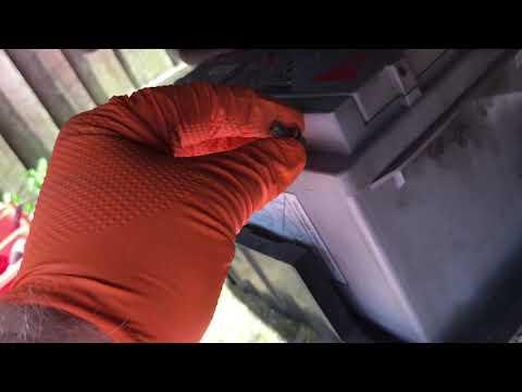 Honda CR-V  MK2 - 2.2 Diesel Manual Gearbox Oil Change