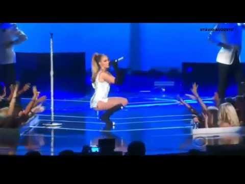 Jennifer Lopez Fashion Rocks 2014