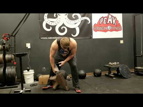 Napalm's First 200# Anvil Lift