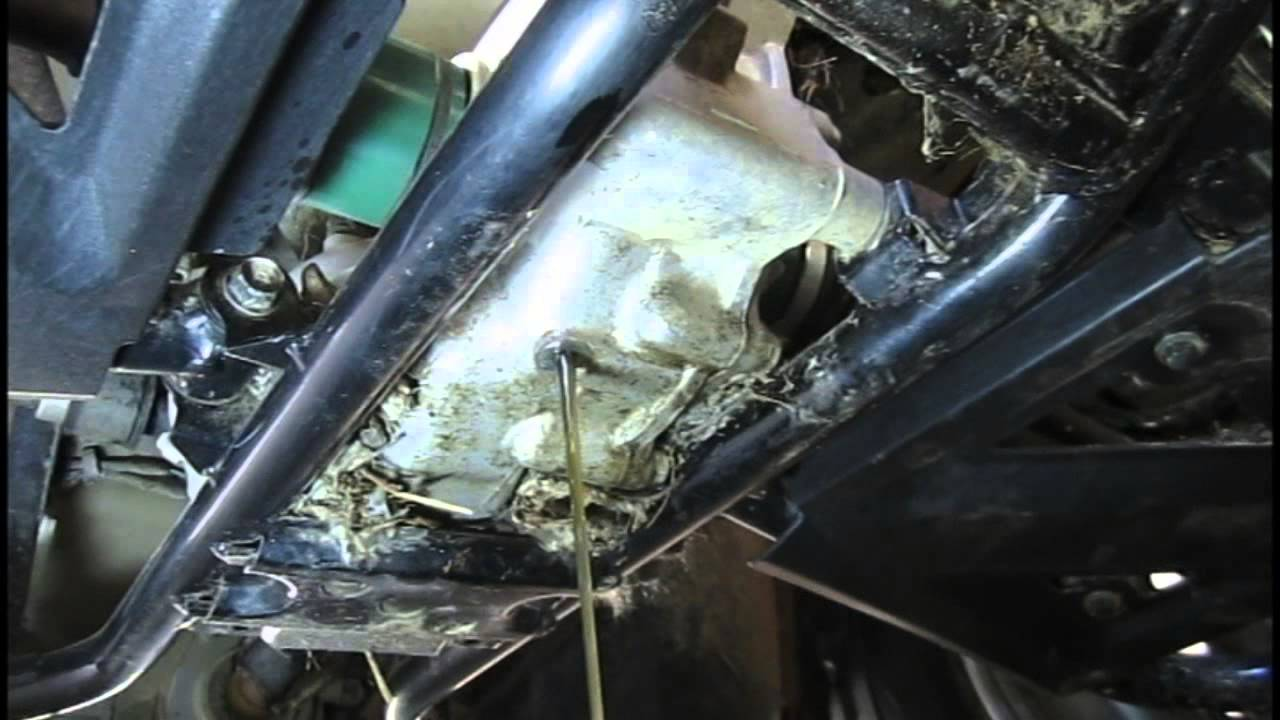 Diy How To Change Rear Differential Wet Brake Fluid