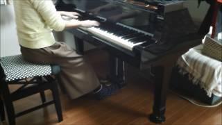 耳コピでだいたいの雰囲気で弾いてみました。おかしいかも? 保育園、幼稚園の先生のお役に立てたら… https://www.youtube.com/channel/UCt6sudt2xiFlCiLtjf-J42Q.
