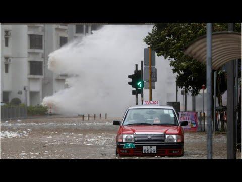 Massive Typhoon Hato Shreds Macau - VIDEO