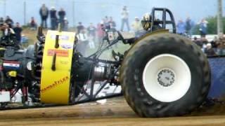 Tracteur pulling (moteur en étoile) - Bernay 2009