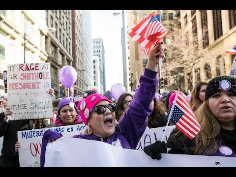 Thousands flock downtown for Women's March   Chicago.Suntimes.com