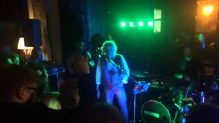 Roger Daltrey sings