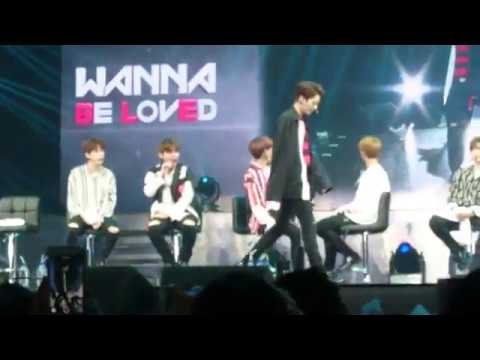 170922 Wanna One Singapore fanmeet Talent Time (Part 1)