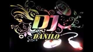 Download AMORCITO CORAZÓN  REMIX (DJ DANILO) MP3 song and Music Video